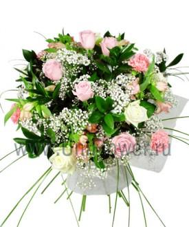 Роскошный букет роз «Марш Мендельсона»