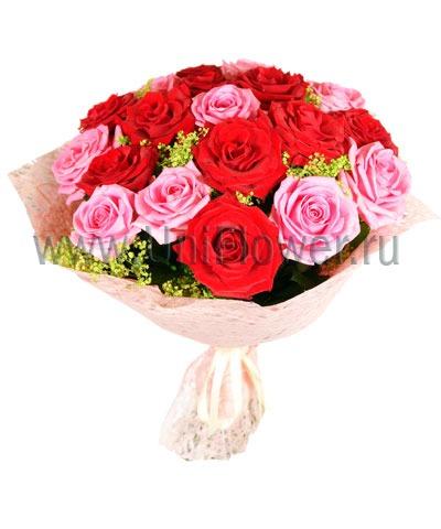 Букет бордовых роз «Мерси»