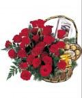 Корзина 31 бордовая роза «Поздравление»